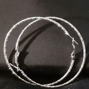 Jewelry - 💿Silver Sparkling💿Hoop Earrings💿